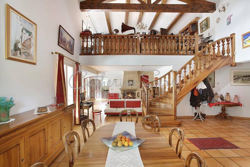 Grande maison à Ventabren