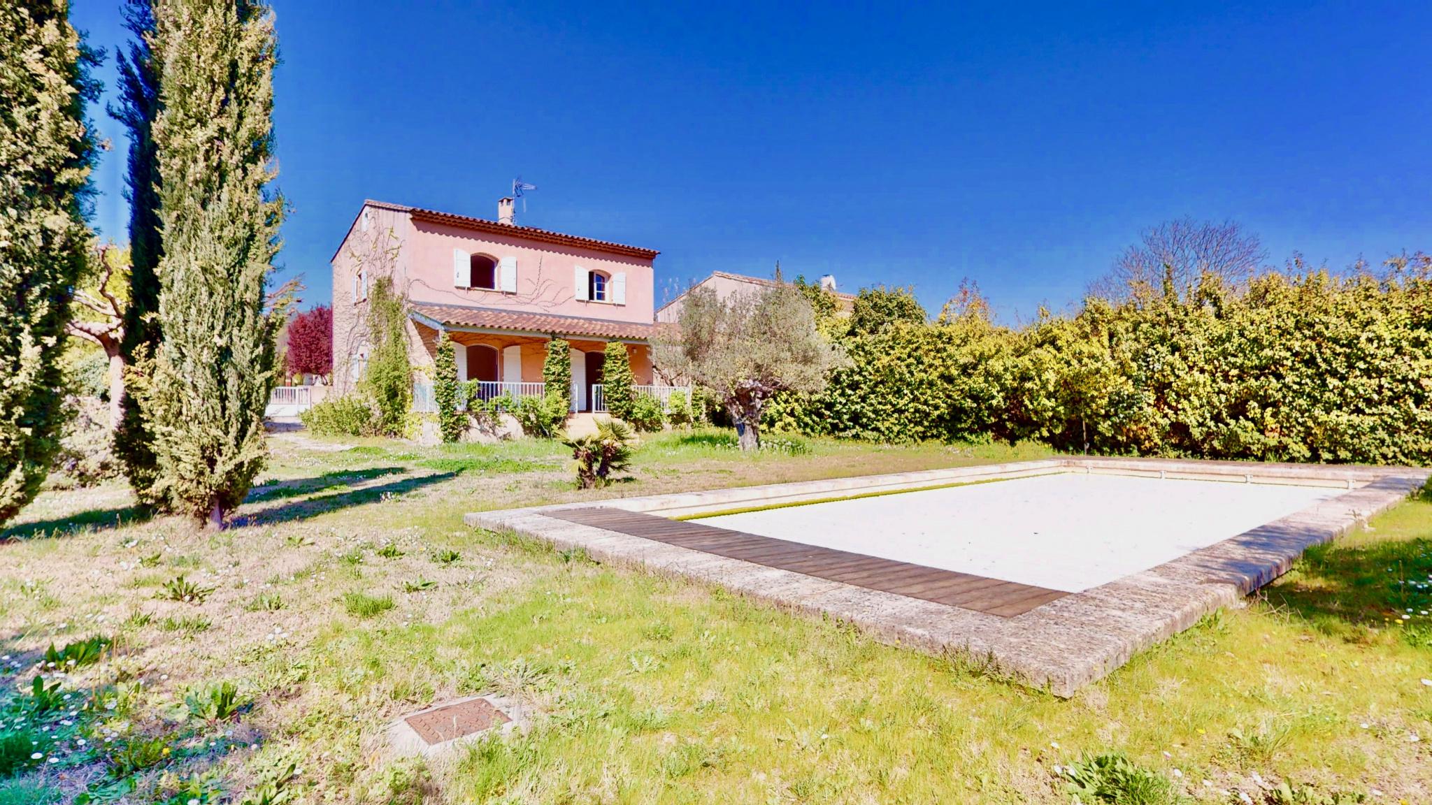 Maison avec jardin au cœur du Village de Lourmarin