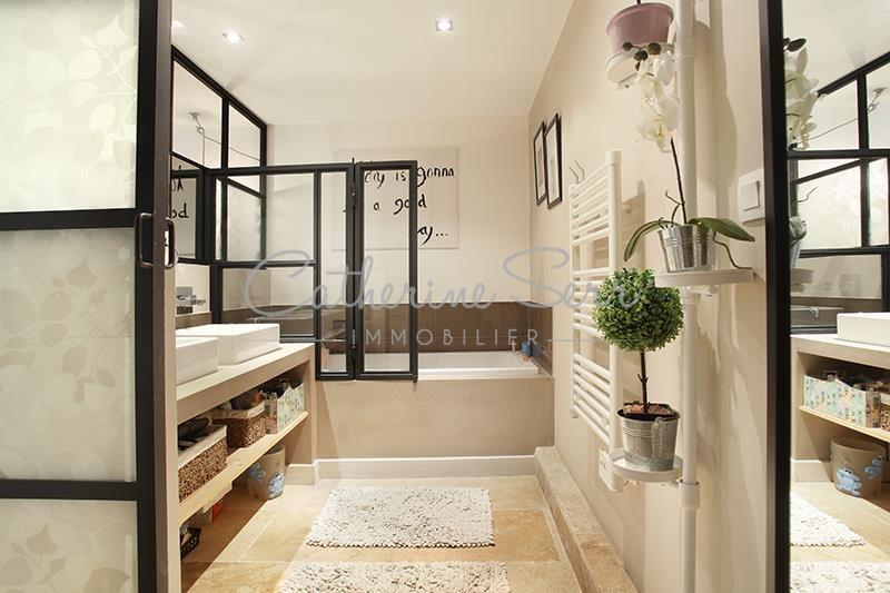 aix en provence le tholonet aux portes de la sainte victoire nous vous proposons ce. Black Bedroom Furniture Sets. Home Design Ideas